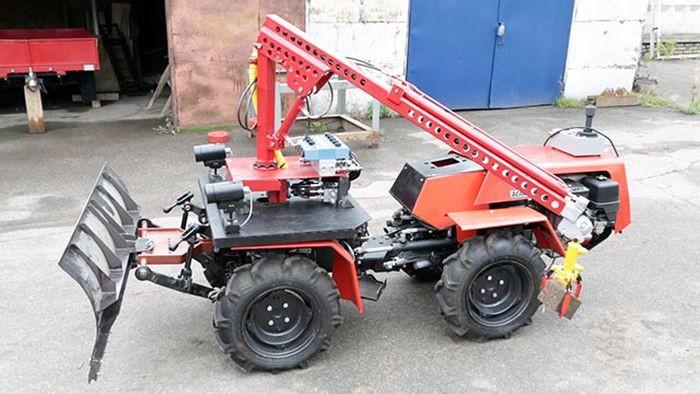 Новый трактор Беларус-1523-3. Фермерский трактор. Трактора.