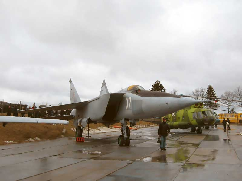 Самолет МИГ Авиационная техника х х годов Герой  Авиационная техника 70 х 80 х годов